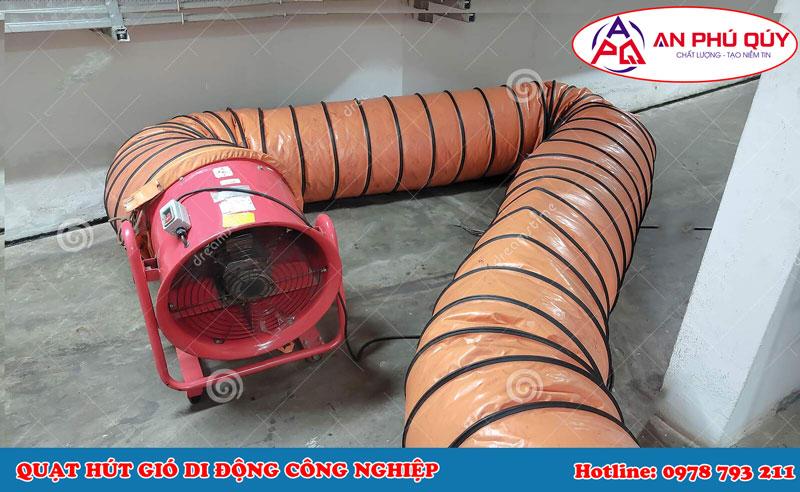 Quạt hút gió di động nối ống